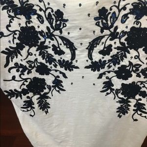 Lucky Brand Tops - Lucky Brand Small India Cotton Sequin Flower T Top